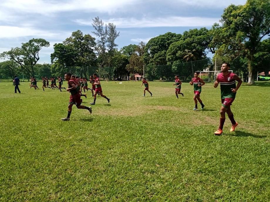 C.A. Barra da Tijuca treinou nesta segunda-feira (1/3), no CT, em Vargem Grande.